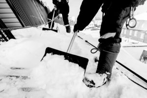 Hiring Professional Roofers for Snow Removal