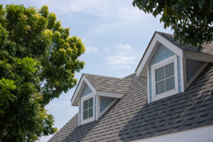 tips to help homeowners choose the right roofing company